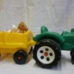 D14039 Tractor met aanhanger met dieren