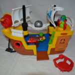 D14254 Fisher Price Piratenboot