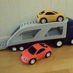 D14376 Little Tikes vrachtauto met 2 auto's